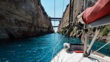 Mar Abierto - El canal de Corinto es utilizado por miles de barcos cada año para
