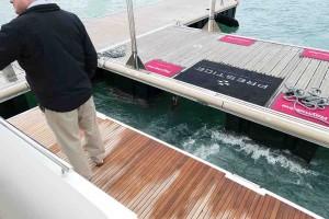 Mar Abierto - El DockSense puede inmovilizar el barco en su puesto de amarre, da