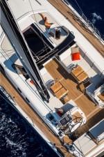 Mar Abierto - La bañera de proa es muy confortable tanto en puerto como en navag