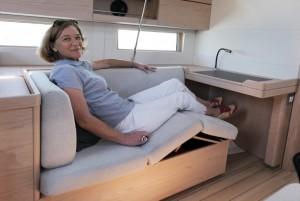 Mar Abierto - La banqueta de altura regulable en las rodillas se hace simpática