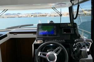 Mar Abierto - Buena visibilidad y razonable comodidad desde el puesto de mandos