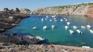 Mar Abierto - Entre fondeos y campos de boyas caben unos 22.000 barcos simultáne