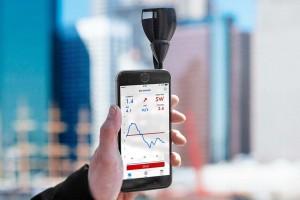 Mar Abierto - La nueva versión del anemómetro Vaavud para el smartphone  indica
