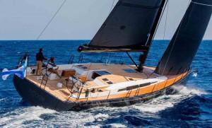 Mar Abierto - El diseño del Swan 58 suaviza ligeramente la proa para una paso de